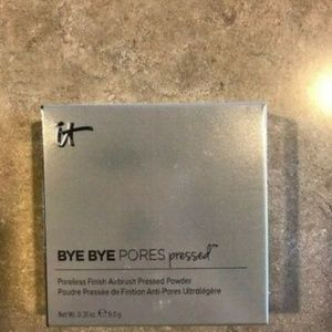 new it BYE BYE Pores Pressed Poreless Powder